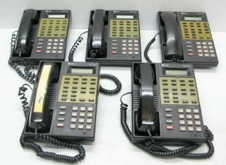 Lot of 5 at T MLS 12D Desktop Telephones w Handsets
