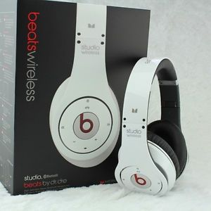 The Monster Beats by Dr Dre Studio Wireless White Over Ear Bluetooth Headphones