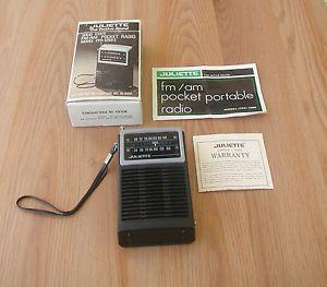 Vintage Juliette FM Am Solid State Pocket Radio Model FPR 1259C w Box
