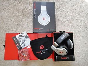 Monster Beats by Dr Dre Pro Black with Serial Number
