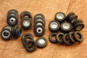 Semi Truck Big Rig Junkyard 34 10 00 20 Goodyear Tires 4 Groove 1 25