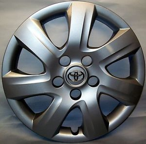 2010 Toyota Camry Wheel Cover