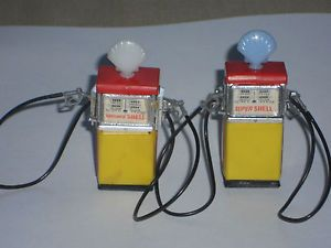 2 Vintage Miniature HO Scale Super Shell Motor Oil Gas Pumps RARE Slot Car
