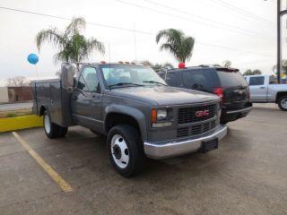 No Reserve 3500HD 1 Ton Dual Rear Wheel Diesel Utility Bed Good Work Truck