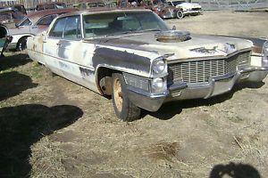 1965 Cadillac Sedan DeVille 4 Door Parts Car or Restoration Project Solid Body