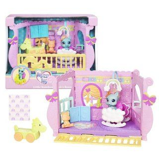 Hasbro Year 2009 My Little Pony Newborn Cuties Series Playset   Little Rainbow Dash's Room with Playroom, Rainbow Dash Pony Figure, Dinosaur Toy, Blanket, Animal Toy, Skirt and Book: Toys & Games