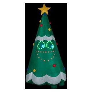 "CHRISTMAS DECORATION LAWN YARD INFLATABLE AIRBLOWN ANIMATED SINGING CHRISTMAS TREE 132"" TALL: Patio, Lawn & Garden"