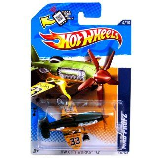 Hot Wheels 2012 134 Mad Propz HW City Works '12 Green/Yellow 164 Scale SCAN & TRACK Card Toys & Games