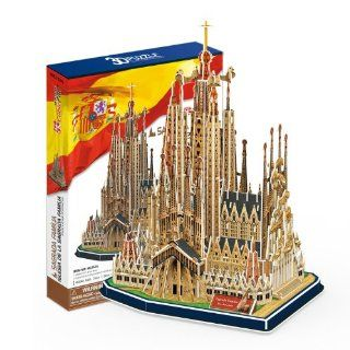 Sagrada Family Church with Book, 194 Piece 3D Jigsaw Puzzle Made by 3D Puzzle: Toys & Games