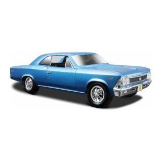 Maisto Die Cast 124 Scale Metallic Blue 1966 Chevrolet Chevelle SS 396 (color may vary) diecast car model Toys & Games